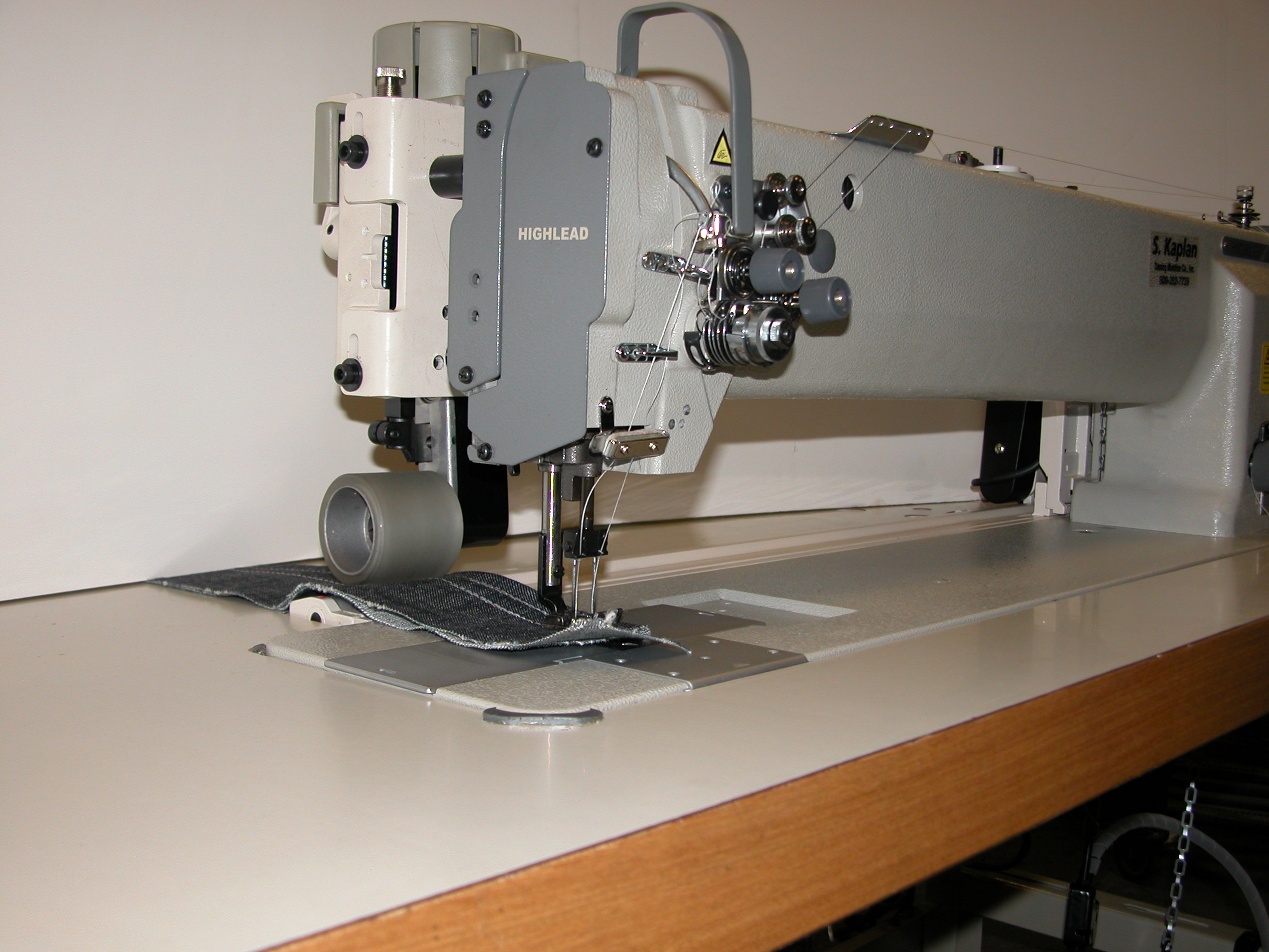 Highlead GC20698-1 & GC20698-2 Sewing Machines